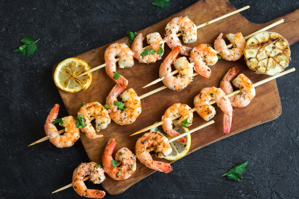 Garlic-Pepper Shrimp Skewers Recipe